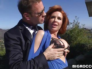 Veronica avluv the true villein